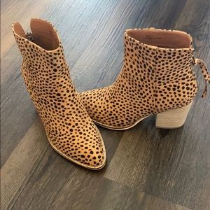 Size 7 Cheetah booties